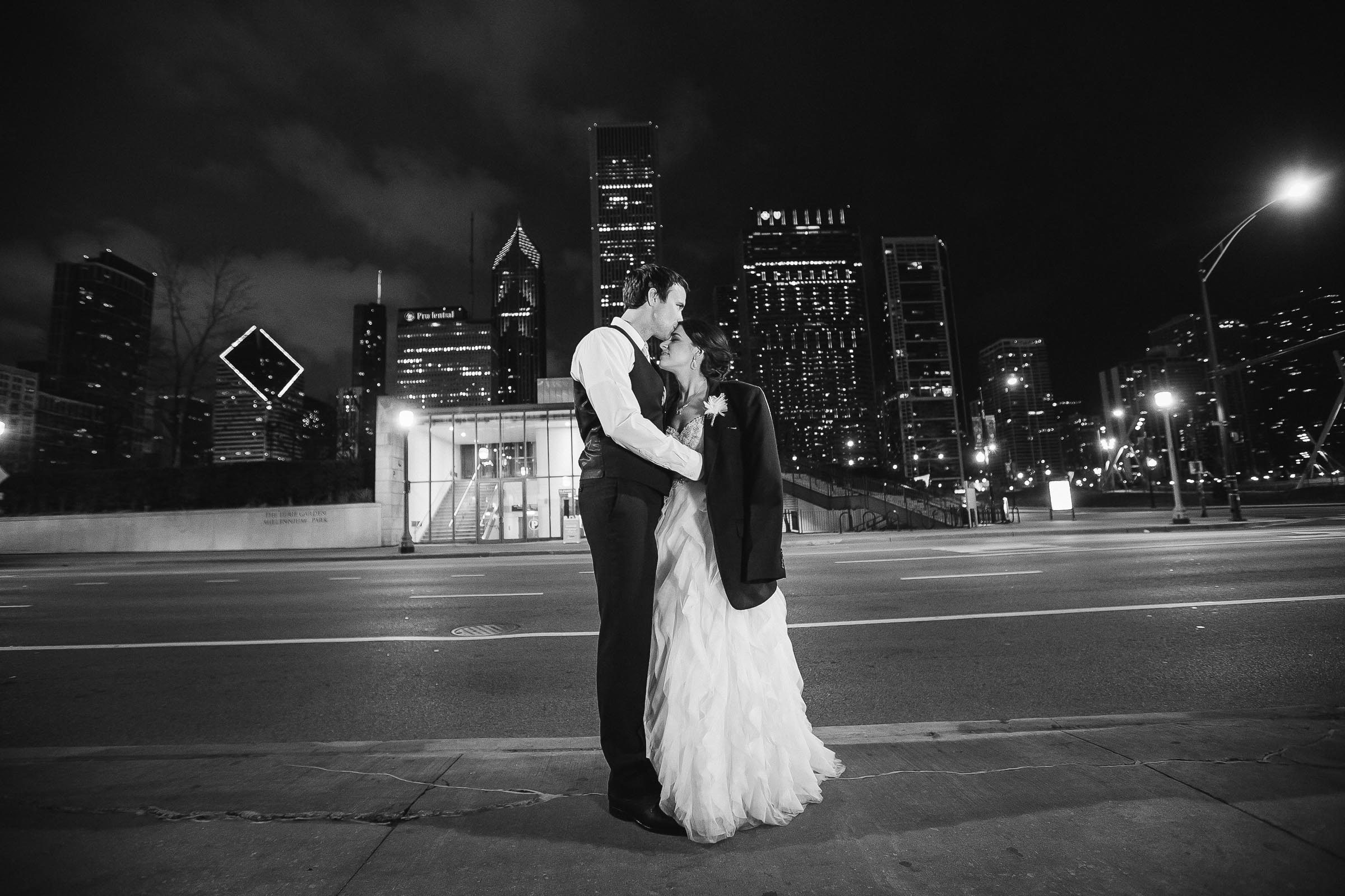 chicago_art_institute_wedding_photography143